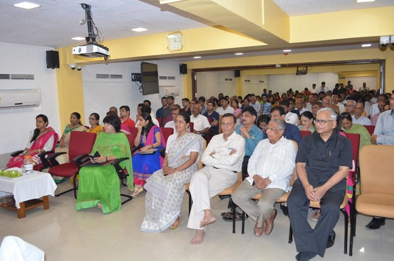 Audience at Jain Kitchen Inauguration