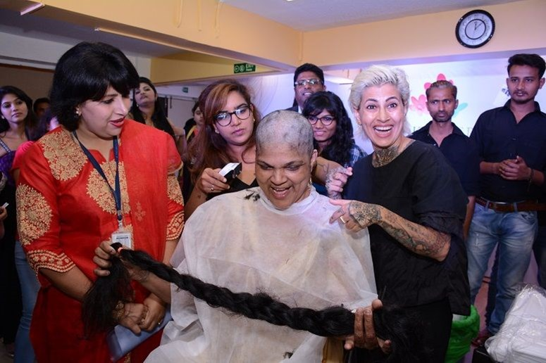 Dr. Tarang Gianchandani & Sapna Bhavnani at #HairleysAngels at Jaslok Hospital